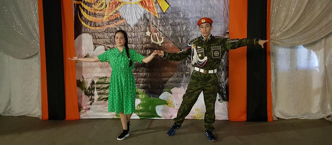 Вальс Победы в исполнении Фахретдинова Рунара и Шакировой Яны. 9 мая 2019 г.